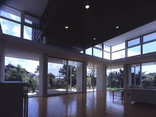 I-HOUSE モダンデザインの リビング の 株式会社長野聖二建築設計處 モダン