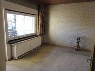 Home Staging Einfamilienhaus von RAUM-IDEEN-RAUM