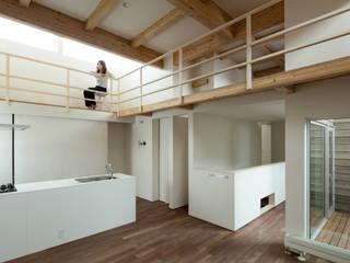 Salon de style  par 一級建築士事務所 Atelier Casa, Minimaliste