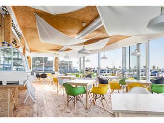 Fotografia architektury: Restauracja Surf Messa: projekt WZ Studio od Pion Poziom - fotografia wnętrz Eklektyczny