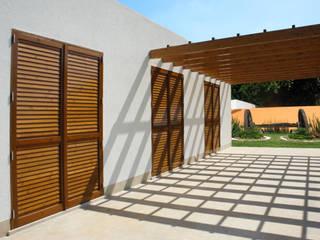 Modern windows & doors by RIBA MASSANELL S.L. Modern