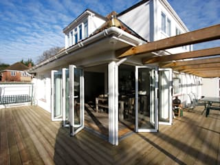 Berry Way IQ Glass UK Modern windows & doors