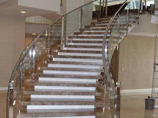 Modern Corridor, Hallway and Staircase by DEKODİZAYN pirinç mob. dek. ltd. şti. Modern