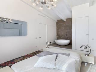 appartamento a Roma Camera da letto moderna di Diana Lapin Moderno