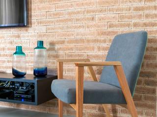 Apartamento jovem e descolado no bairro da Mooca por Márcio Campos Arquitetura + Interiores Moderno