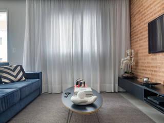 Apartamento jovem e descolado no bairro da Mooca Salas de estar modernas por Márcio Campos Arquitetura + Interiores Moderno