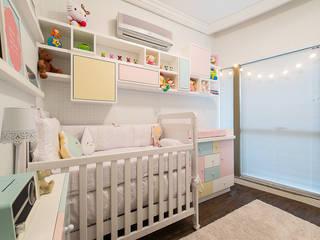 Dormitorios infantiles de estilo  de Locus Arquitetura