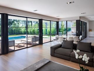 Villa Wainer Kawneer España モダンデザインの リビング