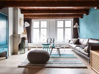 Appartement Keizersgracht:  Woonkamer door SMEELE Ontwerpt & Realiseert