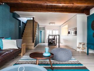 Living room by SMEELE Ontwerpt & Realiseert, Industrial