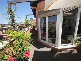 ROMA - Piazza Fiume Studio2Archi Balcon, Veranda & Terrasse modernes
