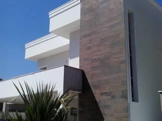Residencia Carani: Casas  por Arte Urbana Arquitetura