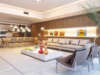 Apartamento em Miami - Château beach: Salas de estar modernas por Giovanna Castagna Arquitetura Interiores