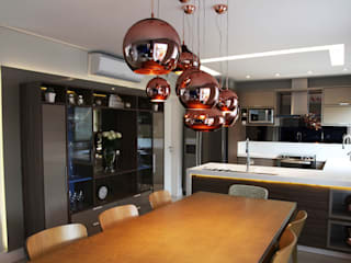 Salle à manger de style  par Suelen Kuss Arquitetura e Interiores