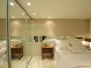 Modern style bedroom by Giovanna Castagna Arquitetura Interiores Modern
