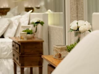 Bedroom by Giovanna Castagna Arquitetura Interiores,