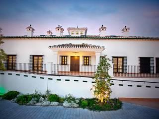 Cortijo de la Fuente Hoteles de estilo rural de Domingo y Luque Arquitectura Rural