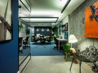 Study/office by TOLENTINO ARQUITETURA E INTERIORES