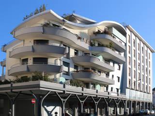 RESIDENZA EUROPA: Case in stile  di Arch. Paolo E. Bertolotti