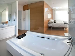 Camera da letto moderna di Modesto Crespo Moderno
