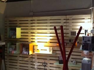 INTIMUM estudi&shop: Estudios y despachos de estilo  de intimum estudi&shop