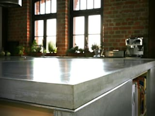 Individual concrete kitchens от Betoniu GmbH Минимализм