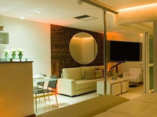 Modern Living Room by Fatima Richa Arquitetura Modern