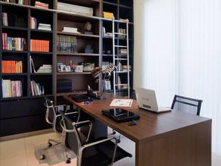 Residência PC Escritórios modernos por Maria Helena Caetano _ Arquitetura e Interiores Moderno