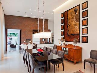 Residência PC Salas de jantar modernas por Maria Helena Caetano _ Arquitetura e Interiores Moderno