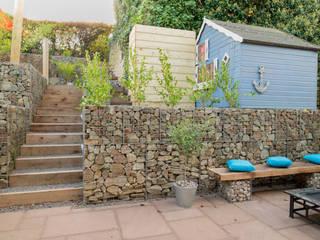 Small Garden with a Very Steep Slope Modern Garden by Yorkshire Gardens Modern