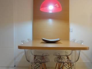 Dining room by Maria Helena Torres Arquitetura e Design, Modern