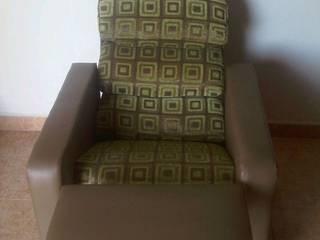Sillón reclinable:  de estilo  por Inversiones Il Nonno C.A