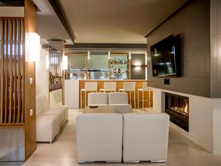 Media room by SENZA ESPACIOS, Modern