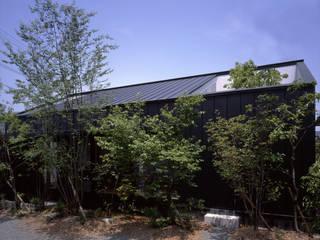 C-HOUSE モダンな 家 の 株式会社長野聖二建築設計處 モダン