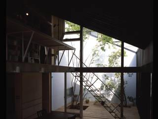 株式会社長野聖二建築設計處 现代客厅設計點子、靈感 & 圖片