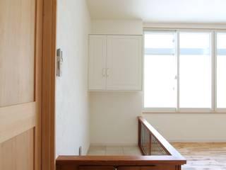 ドラ家のリフォーム: 有限会社横田満康建築研究所が手掛けた折衷的なです。,オリジナル