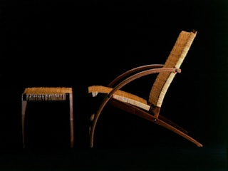 Resort Chair & Ottoman: isDesignが手掛けたです。