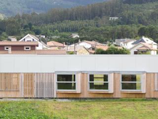 Vivienda modular en Culleredo (A Coruña) | en proceso Casas de estilo moderno de Ezcurra e Ouzande arquitectura Moderno