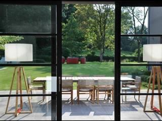 Gartengestaltung auf ein Ehemaliger Steinbruch:  Terrasse von Paul Marie Creation