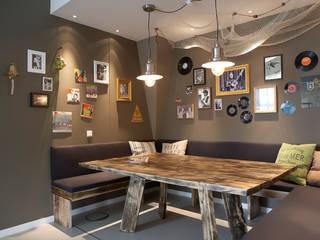 Escritórios  por Studio Uwe Gaertner Interior Design & Photography