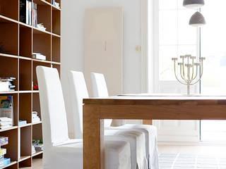 Salas de jantar  por Studio Uwe Gaertner Interior Design & Photography
