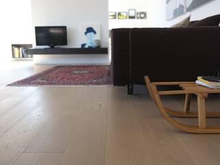 Lavori Salones de estilo moderno de parquet sartoriale Moderno