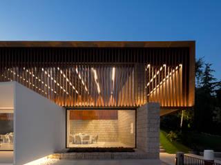 Palácio Igreja Velha / Visioarq - Arquitectos: Locais de eventos  por Visioarq - Arquitectos,Moderno