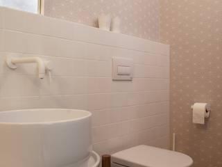 Progetti Salle de bain moderne par STUDIO DI ARCHITETTURA CATALDI MADONNA Moderne