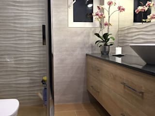Baños de estilo moderno de Pracownia Projektowania Wnętrz Karolina Czapla Moderno