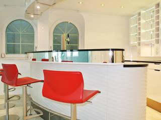 Moderne zwembaden van Planungsbüro für Innenarchitektur Modern