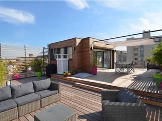 Surélévation d'un immeuble prés de Paris: Terrasse de style  par RM Architecte