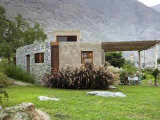 proyectos: Casas de estilo clásico por Arq. Marta Badaracco