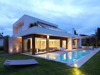 Fachadas Casas modernas de Vektor arquitek Moderno