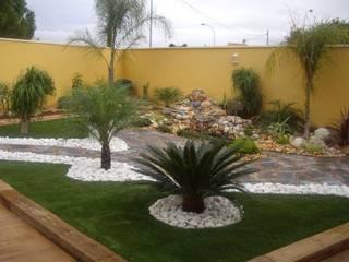 Jardines de estilo moderno de Jardines Paisajismo Y Decoraciones Elyflor Moderno